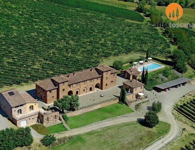 <h3><a href='https://www.alba-toscana.eu/it/st/71/'>Montepulciano Toscana Case vacanze in Tenuta con piscina</a></h3><p> Questa casa vacanza a Montepulciano si trova ai confini tra Umbria e Toscana, a pochi chilometri dai borghi di Montepulciano e Cortona ed a breve distanza dalla lacustre cittadina umbra di<a href='https://www.alba-toscana.eu/it/st/71/'> ...leggi tutto</a></p>